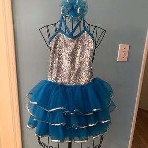 Dance Costume with Hair accessory, Medium